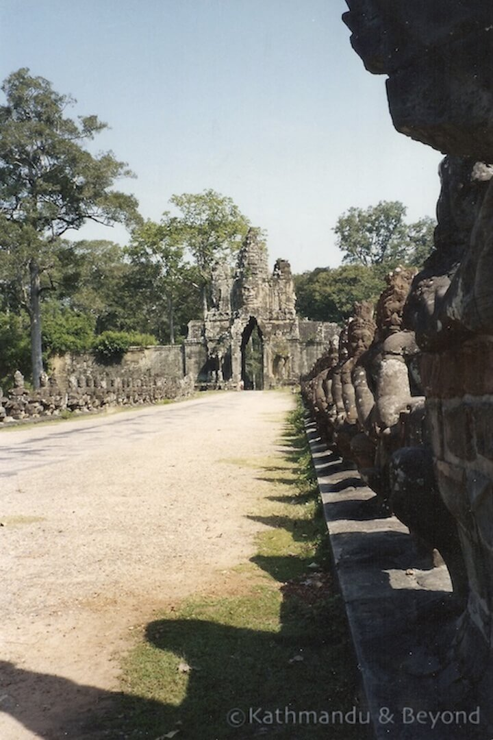 Angkor Temples (Oct 1992) Cambodia | backpacking in Cambodia in the early 90s