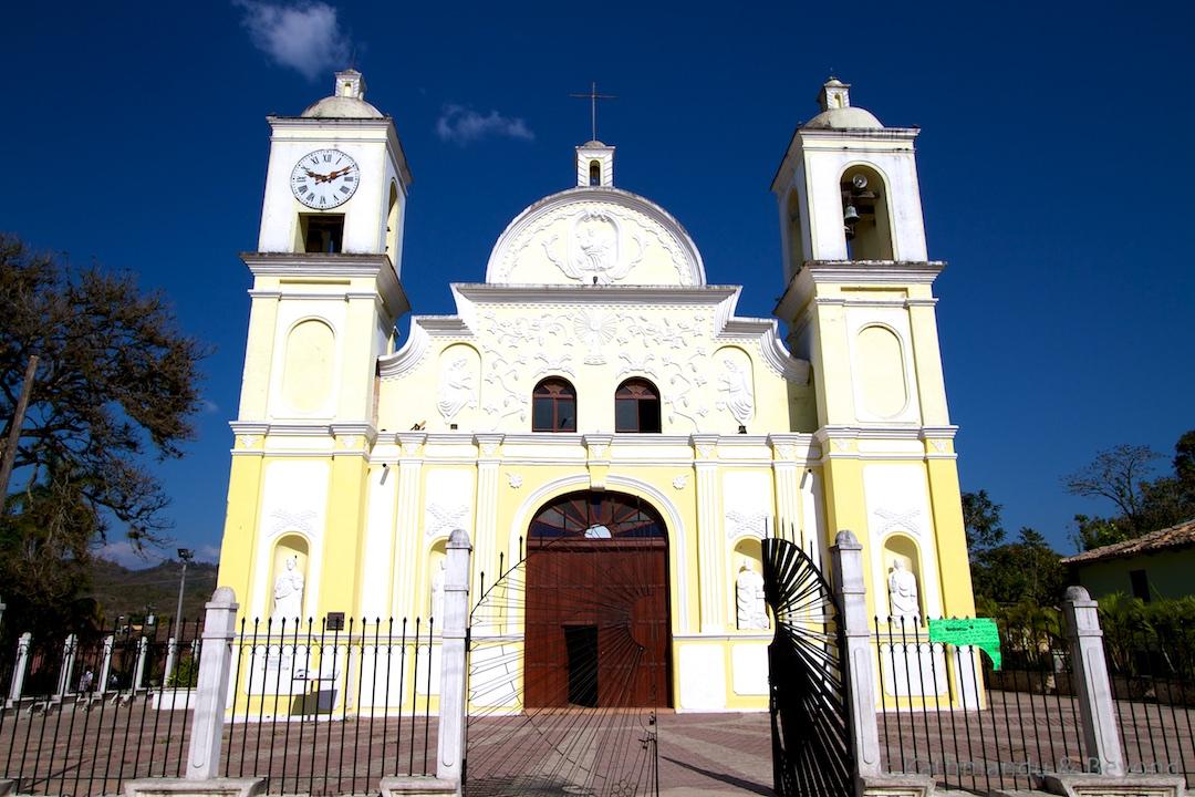 Iglesia de San Marcos Gracias Honduras (1)