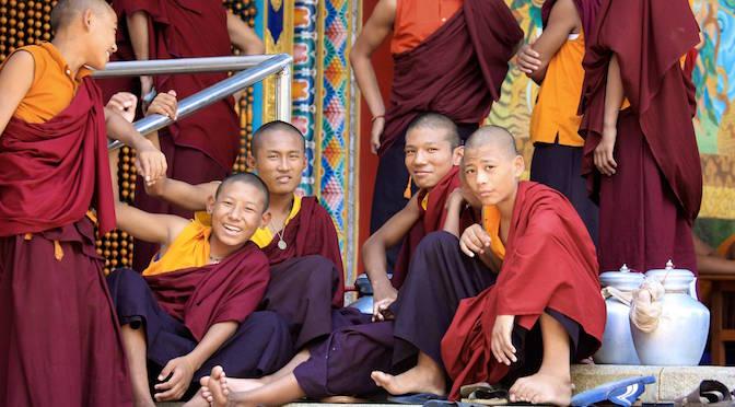 Travel Shot | Monks at Kushalnagar Tibetan settlement in India