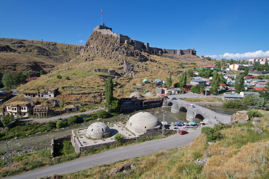 Kars Castle Kars Turkey (1)
