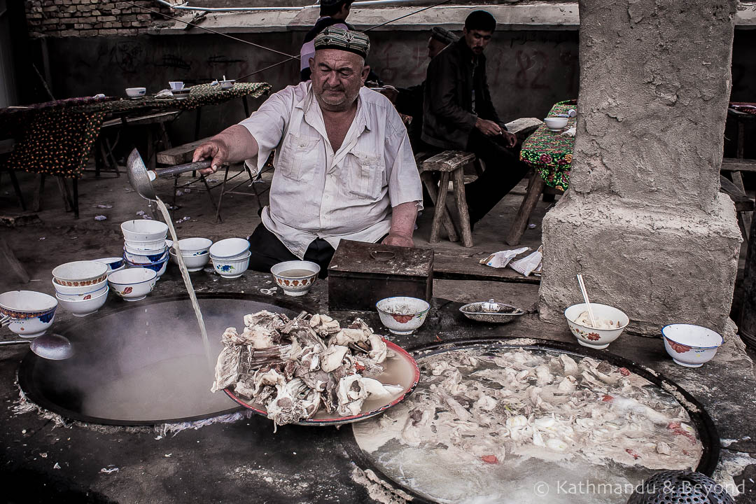 Travel Shot: The Sunday Market in Kashgar | China Travel