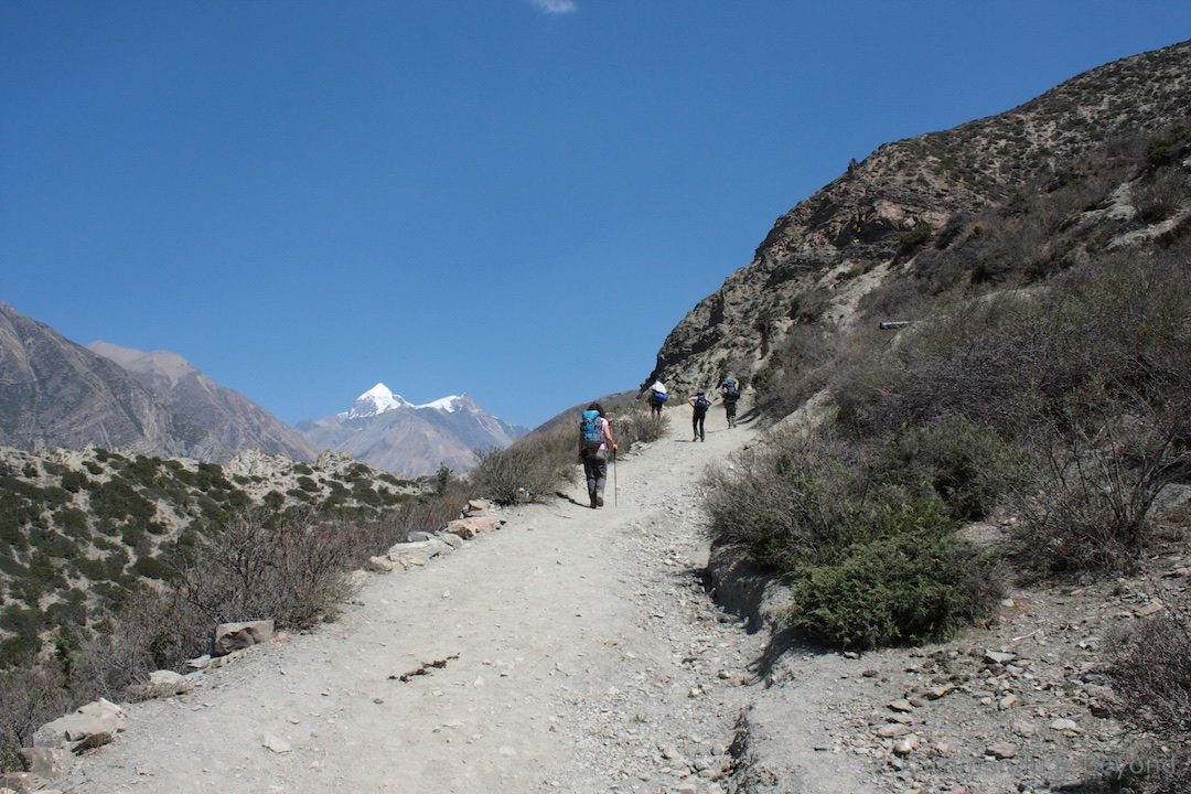 Around Annapurna. En route Manang to Letdar 2