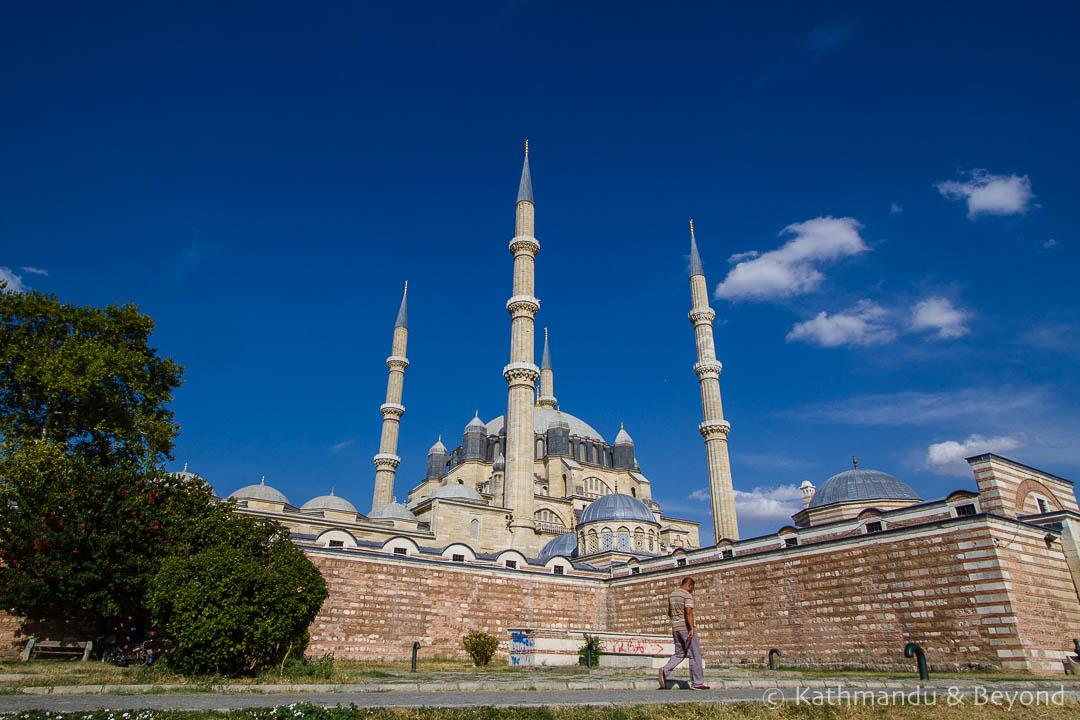 where break journey between istanbul sofia