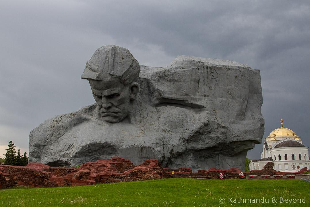 Statue of Valour Brest Fortress Brest Belarus-3