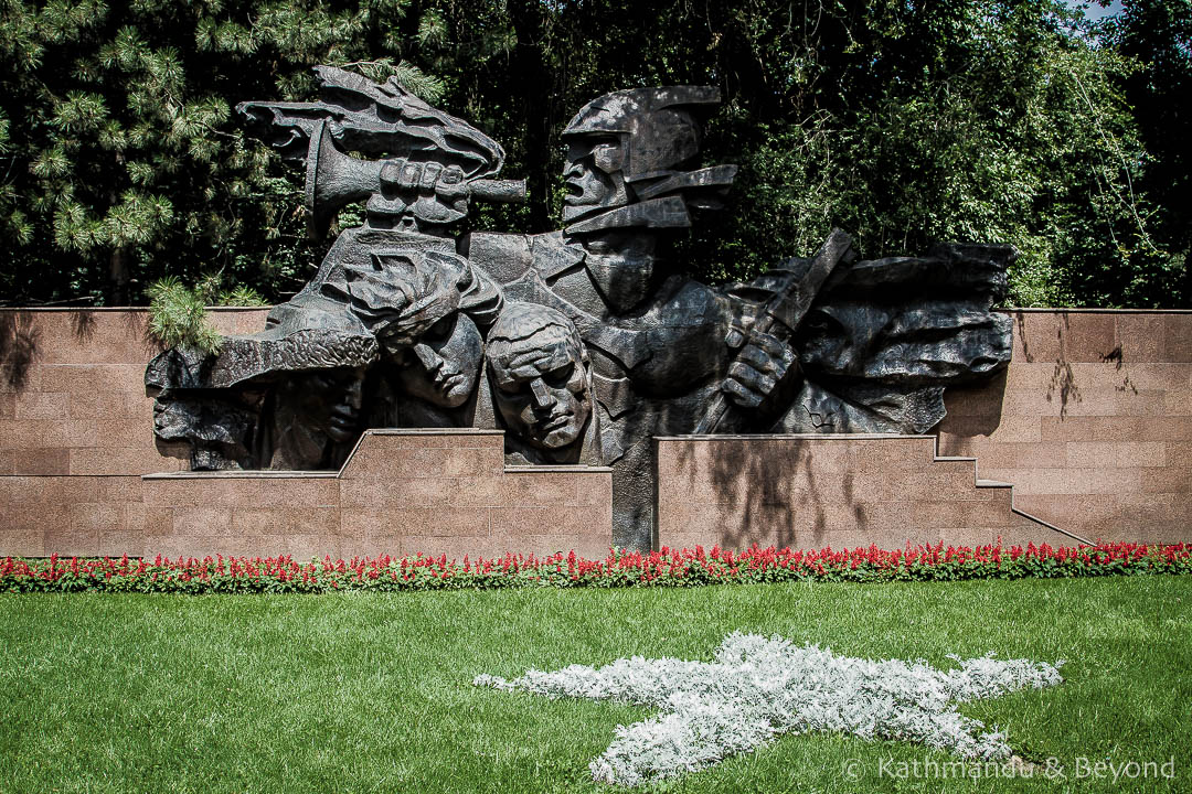 'Trumpeting Glory', Memorial of Glory (Memorial to the 28 Panfilov Guardsmen) in Almaty, Kazakhstan architects) | War Memorial | Soviet monument | former USSR