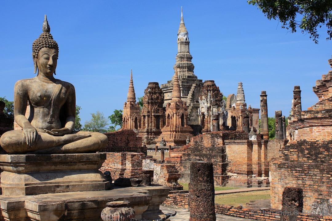 Wat Mahathat Sukhothai Historical Park Thailand 42