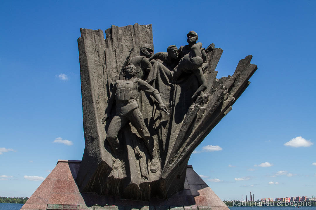 Monument to Soldiers Killed in Afghanistan Dnipro Ukraine-1-10.jpg