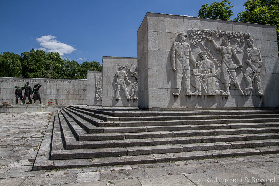 Labor Movement Mausoleum (Pantheon) Kerepesi Cemetery (Fiume Road National Graveyard) Budapest Hungary-1