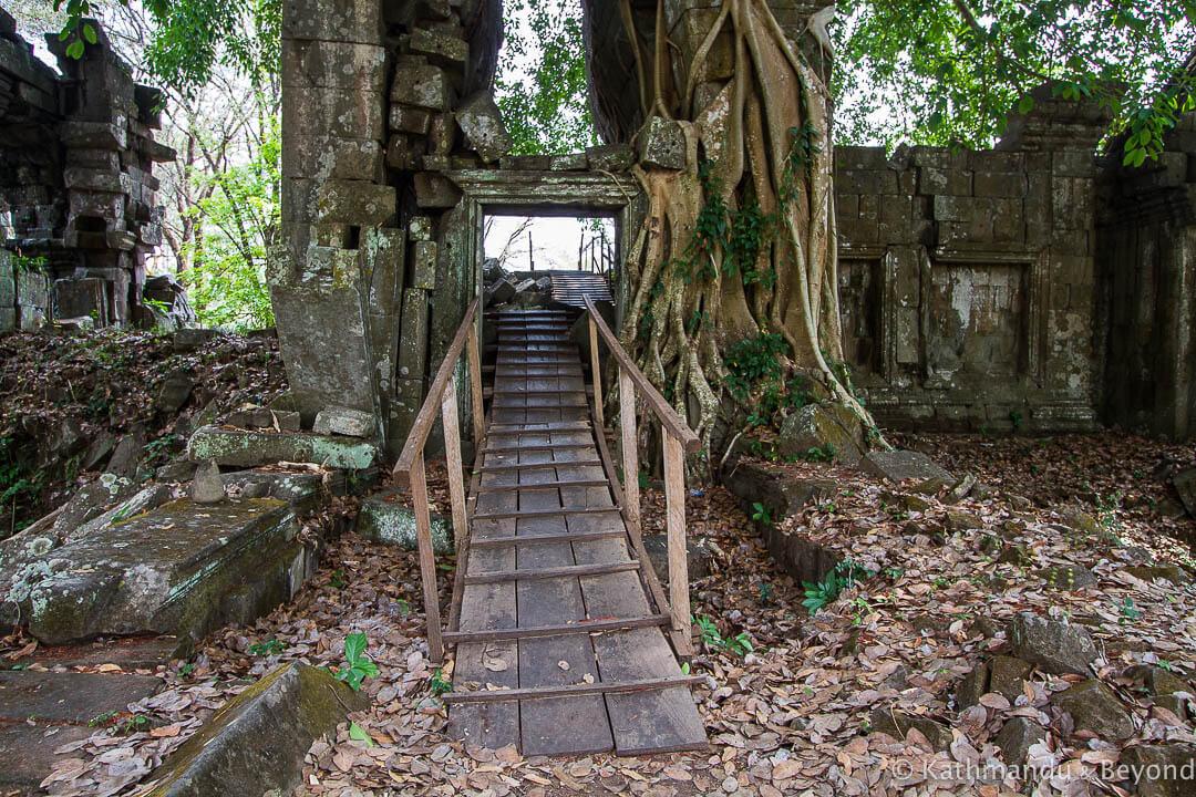 Preah Khan Kompong Svay (Prasat Bakan) Cambodia-48