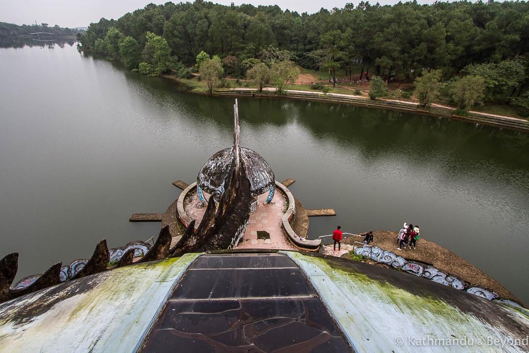 Ho Thuy Tien Water Park Hue Vietnam-19