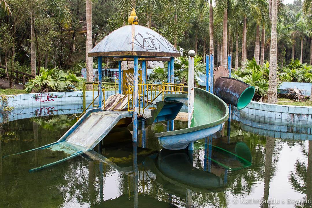 Ho Thuy Tien Water Park Hue Vietnam-34