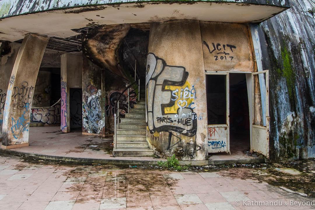 Ho Thuy Tien Water Park Hue Vietnam-44