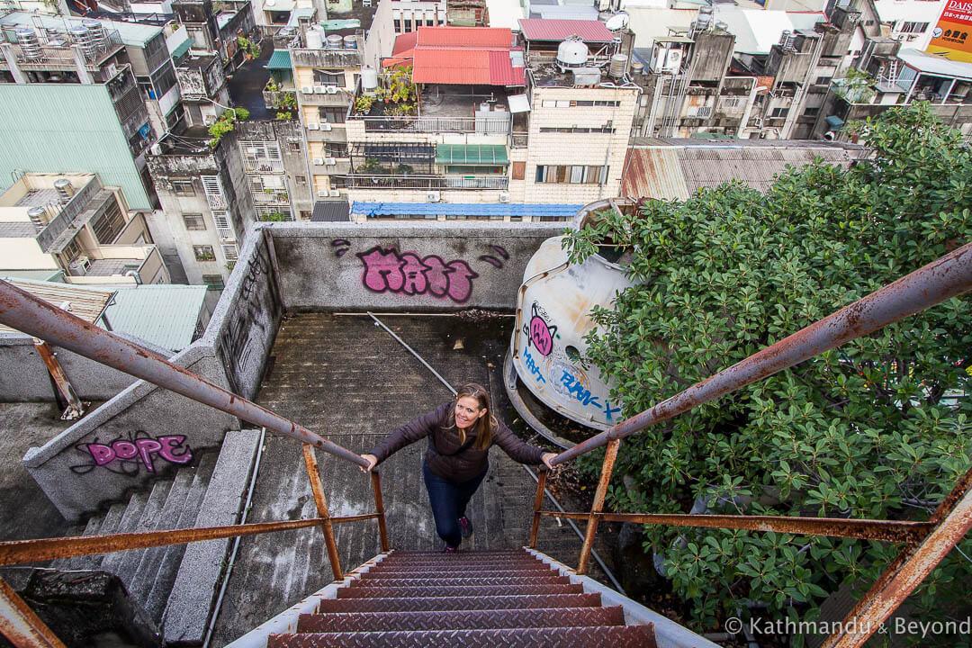 Qianyue Building Taichung Taiwan-11