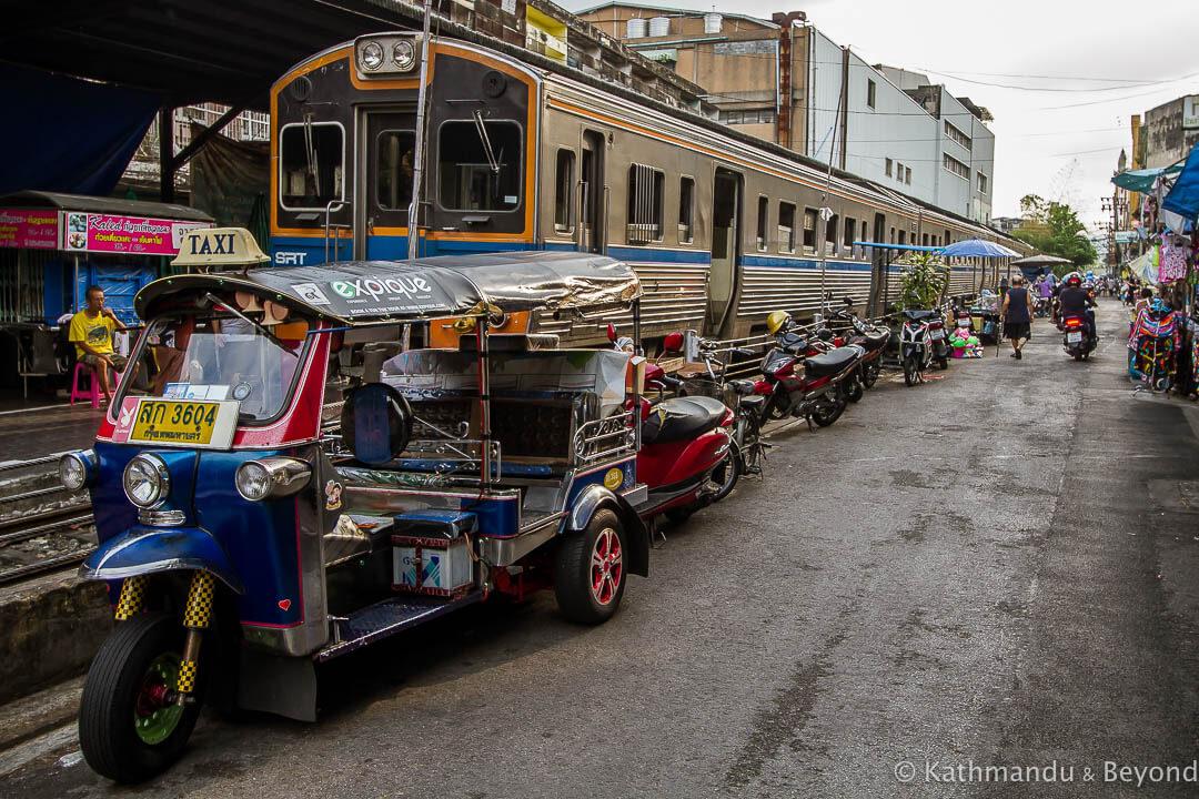 Wongwian Yai Railway Station Thonburi Bangkok Thailand_-3