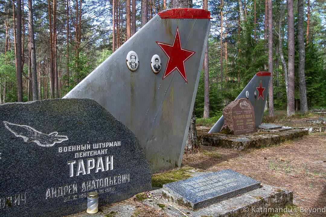 Amari Pilots Cemetery Amari Estonia-5