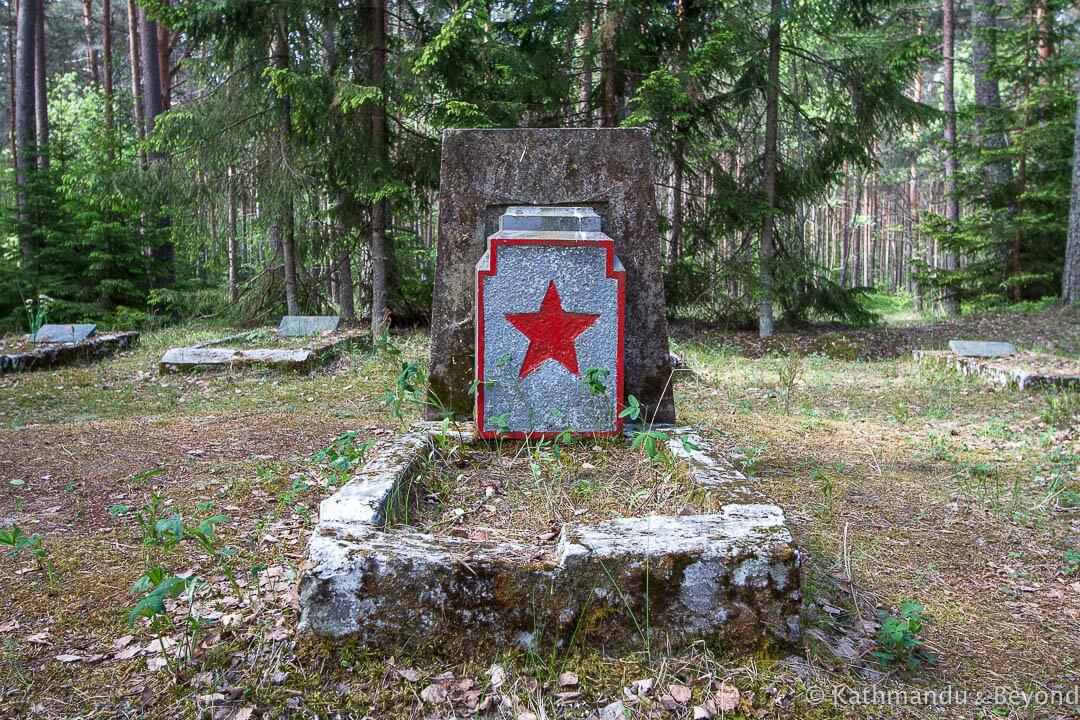 Amari Pilots Cemetery Amari Estonia-7