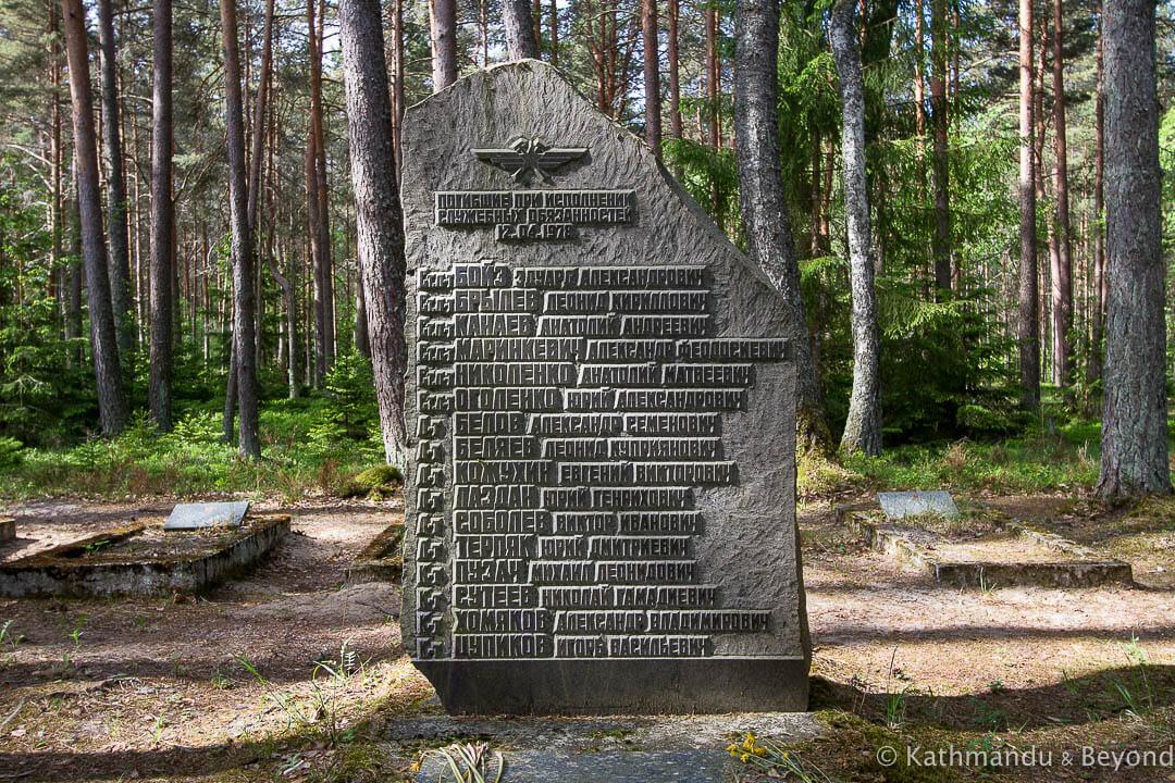Amari Pilots Cemetery Amari Estonia