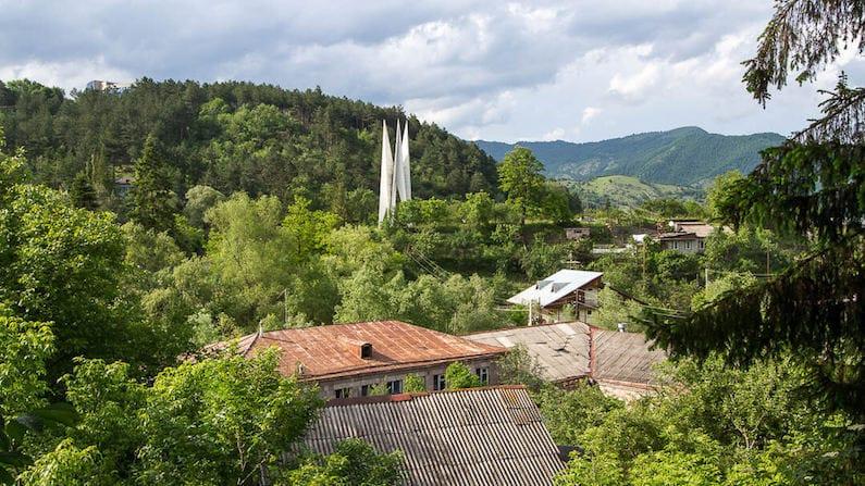 Where to break the journey between Tbilisi and Yerevan