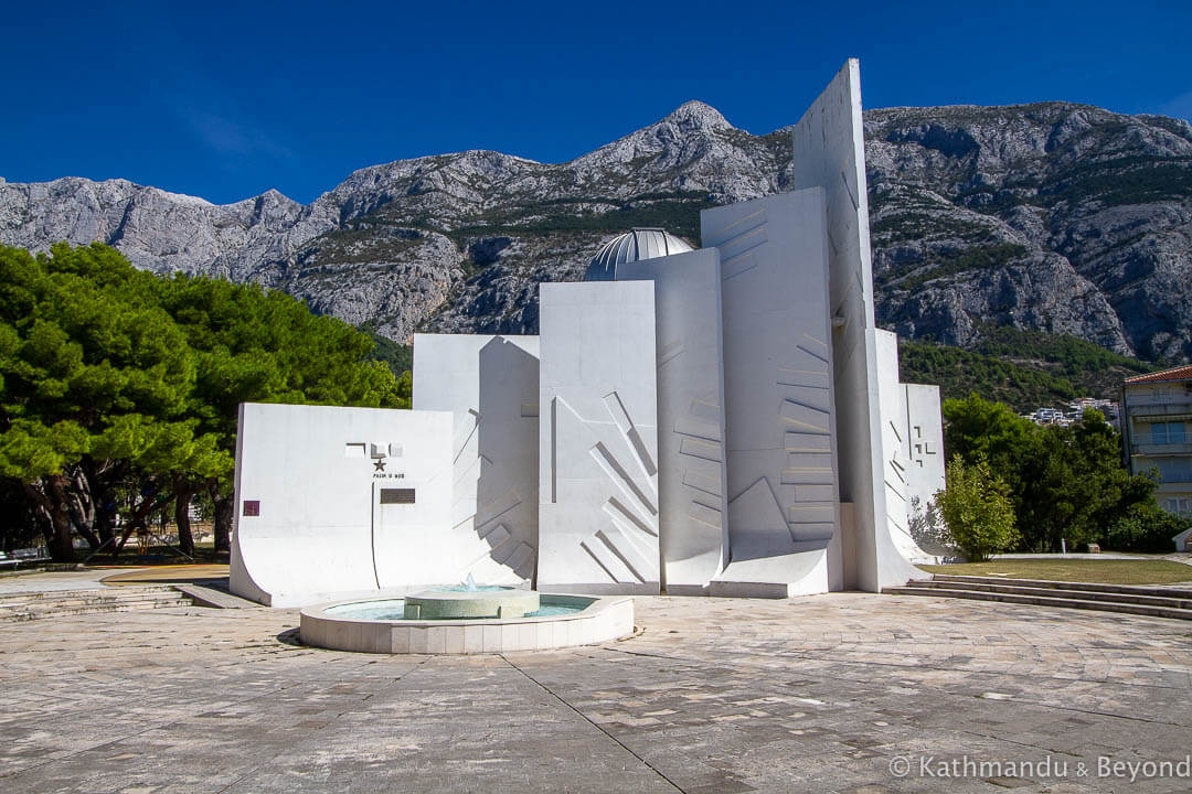 Monument to the Revolution (Monument Observatory/EU Astro-Park) in Makarska, Croatia | Spomenik | Socialist monument | former Yugoslavia