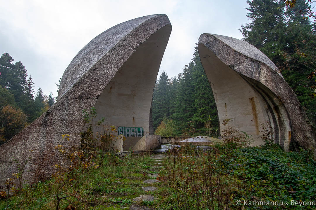 Monument to the Revolution (Monument to the Bosanska Krajina Partisan Hospital-Monument to Korcanica) Grmec Bosnia and Herzegovina-9