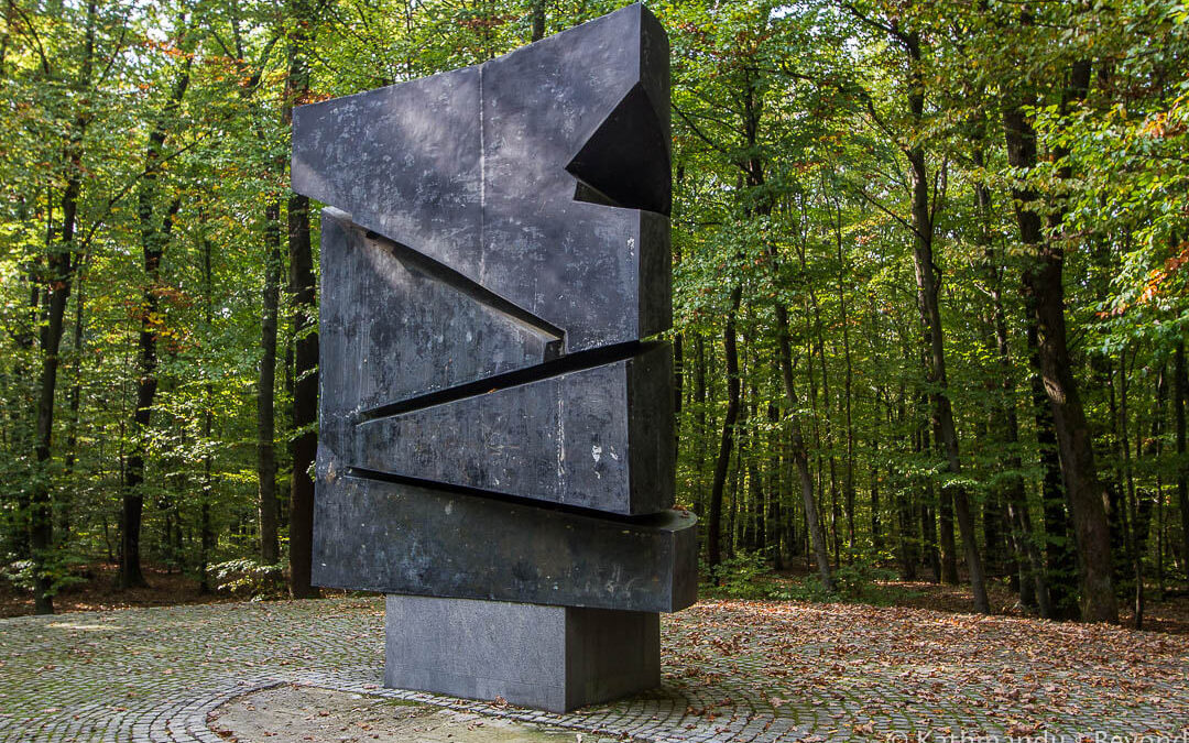 Monument to Revolutionaries Before the War, Dotrščina Memorial Park