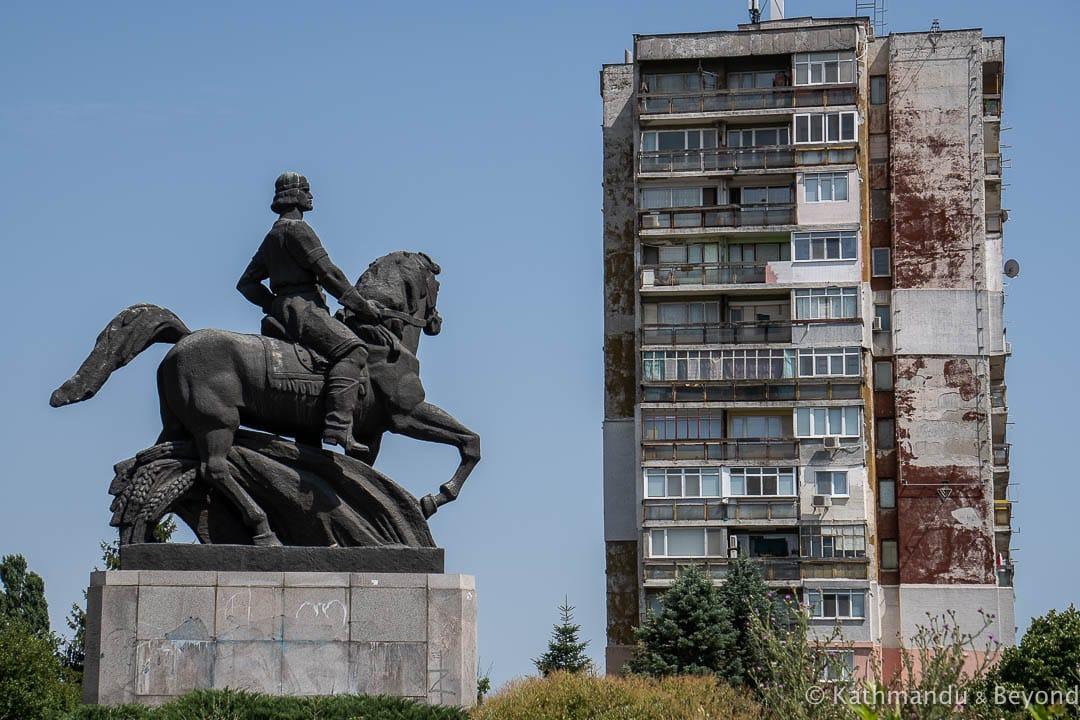 Monument Dobrotitsa Dobrich Bulgaria-8