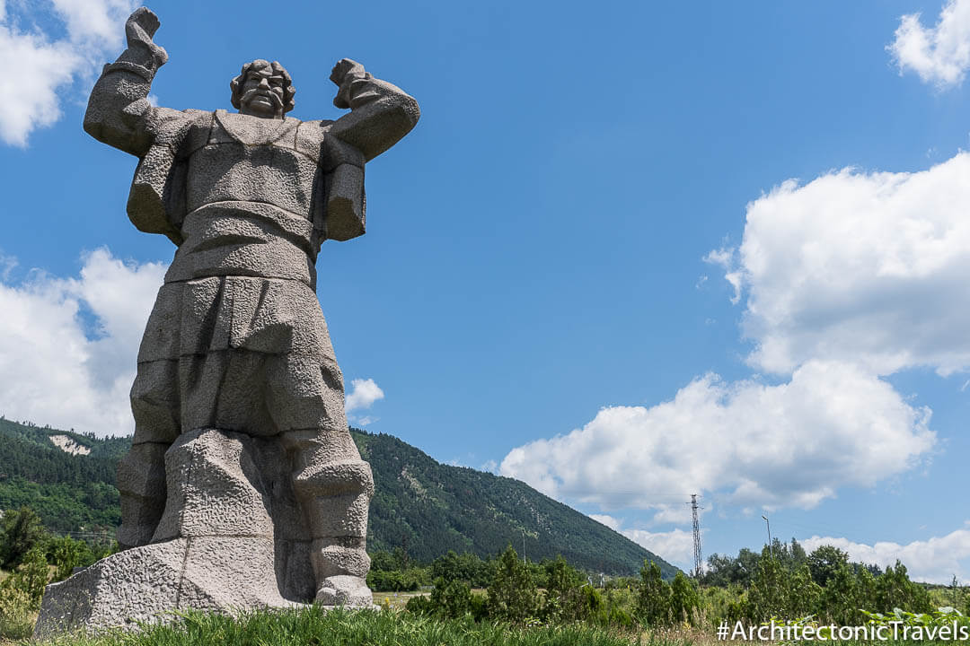 Monument to Borimechkata Klisura Bulgaria-4
