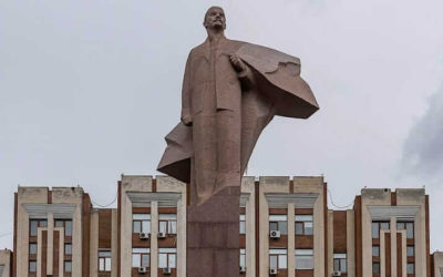 In photos: Lenin statues in the former Soviet Union