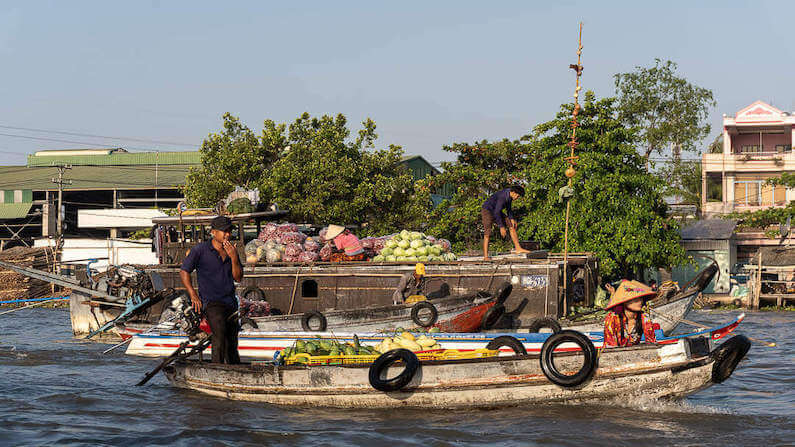 Mekong Delta off-the-beaten-track - Cai Rang floating market Can Tho Vietnam