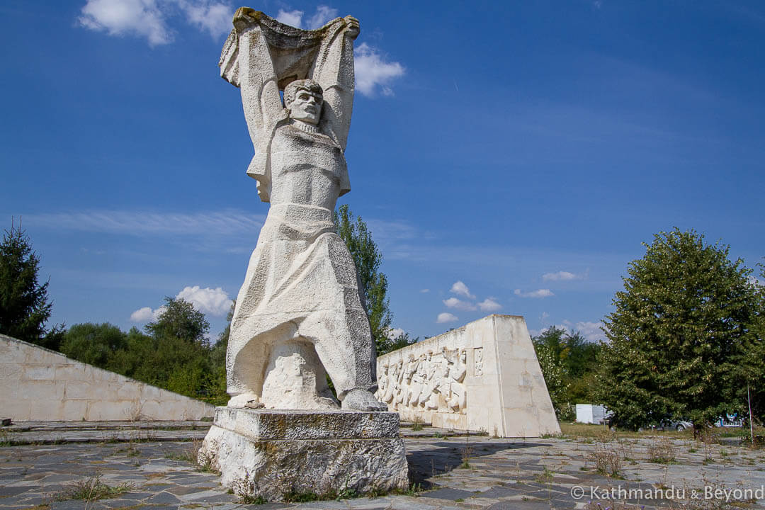 Monument to the 1923 September Uprising Kran Bulgaria 2